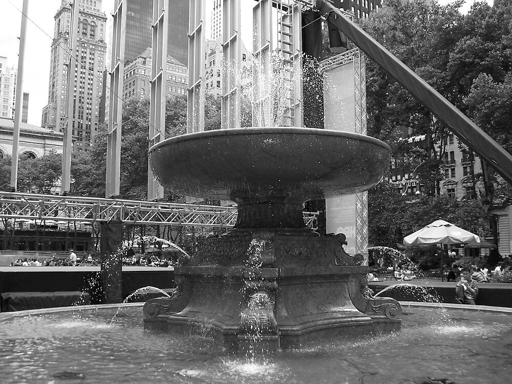 bryant Park fountain by HAHANOW