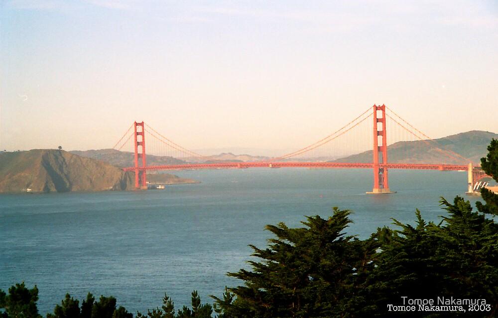 Golden Gate Bridge Ocean Beach View by Tomoe Nakamura
