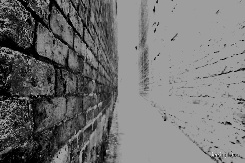 Dark Allyway by lee ingleton