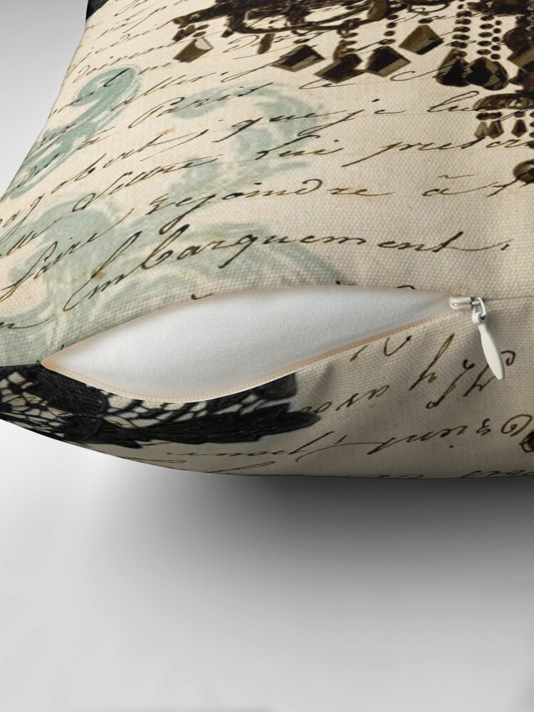 Alternative Ansicht von Vintage Vogel Spitze Französisch Skripte Kronleuchter Paris Dekokissen