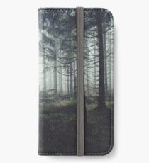 Through The Trees iPhone Flip-Case/Hülle/Skin