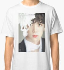 JBJ COME TRUE KIM DONGHAN Classic T-Shirt