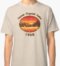 Camp Crystal Lake - Friday 13th Classic T-Shirt