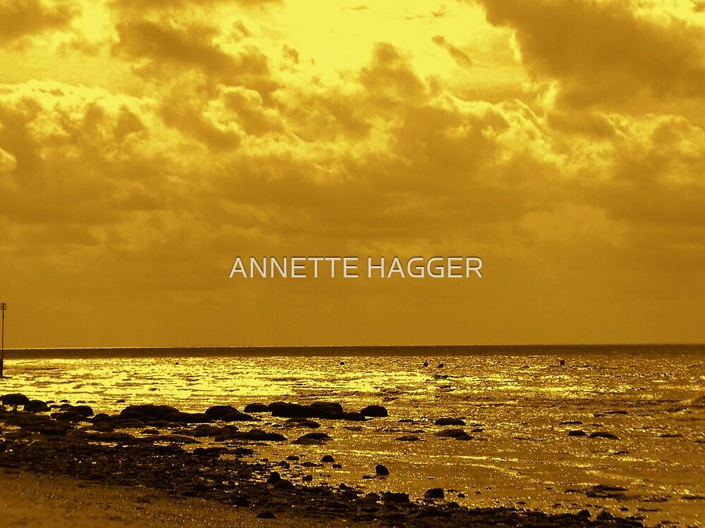 HUNSTANTON, NORTH NORFOLK by ANNETTE HAGGER
