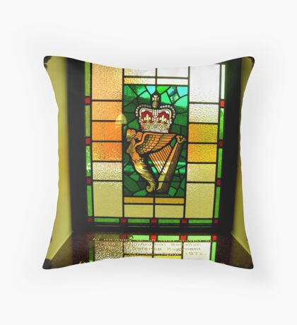 Ulster Defence Regiment Throw Pillow