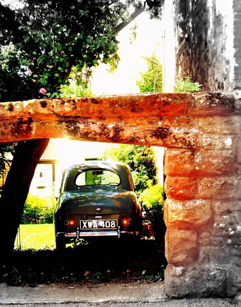 Stone Arch by rebagrace