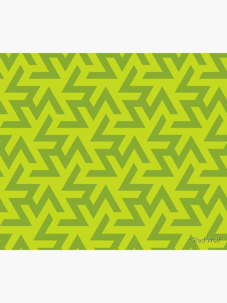 Geometric Pattern: Triskelion: Green by redwolfoz