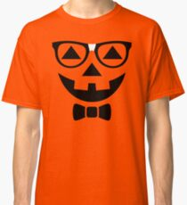 Funny Halloween T-Shirt Nerdy Pumpkin Face Glasses Costume  Classic T-Shirt