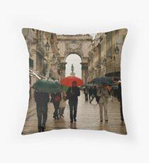 Lisboa Throw Pillow