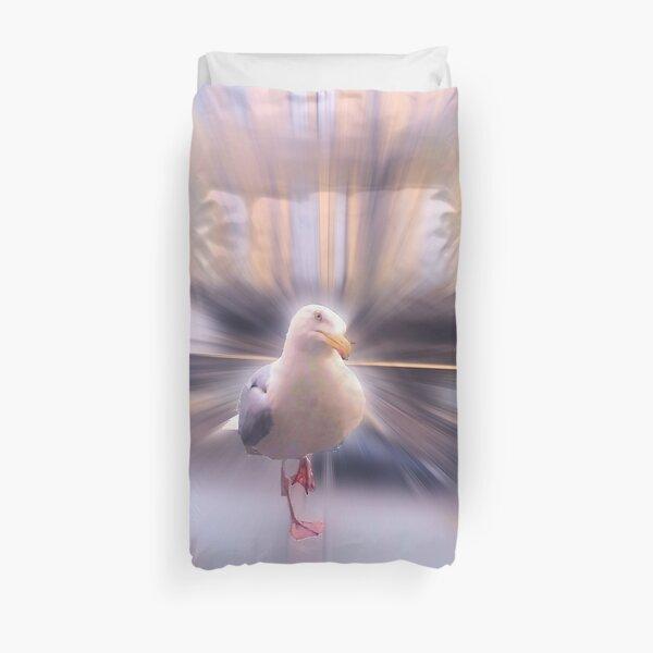 Gary (the gull) Duvet Cover