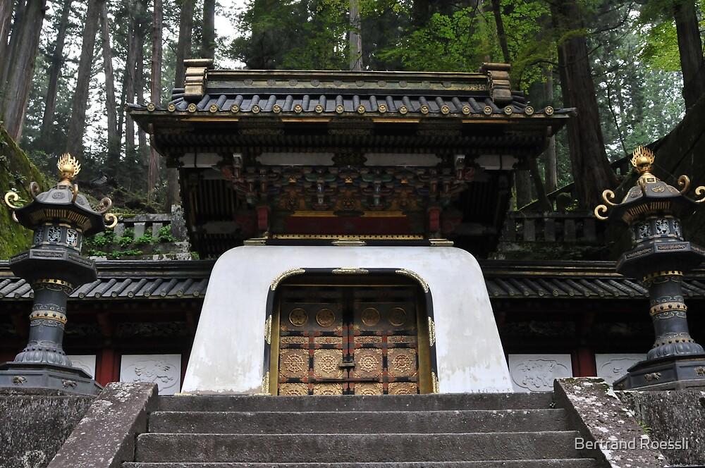 Japanese shrine by Bertrand Roessli