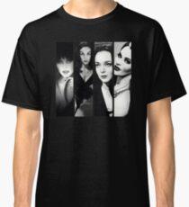 GOTH QUEENS Classic T-Shirt