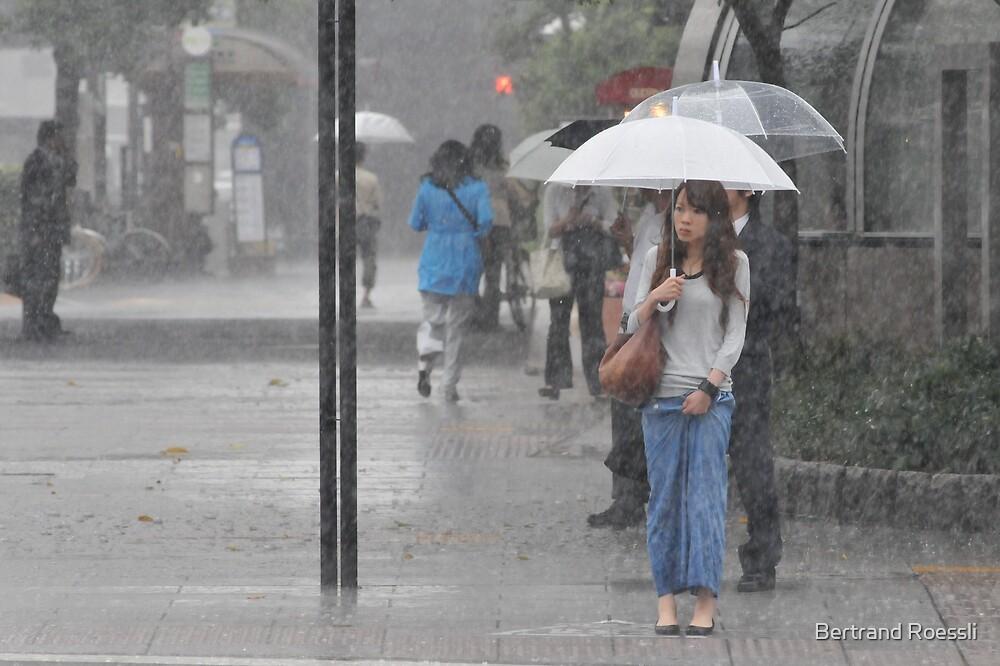 In the rain by Bertrand Roessli