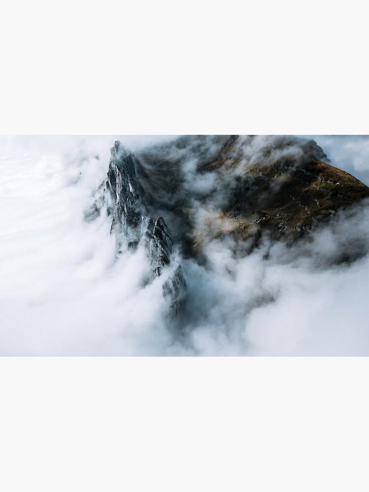 Wolkenmeer. Und ein Berg - Landschaftsfotografie von regnumsaturni
