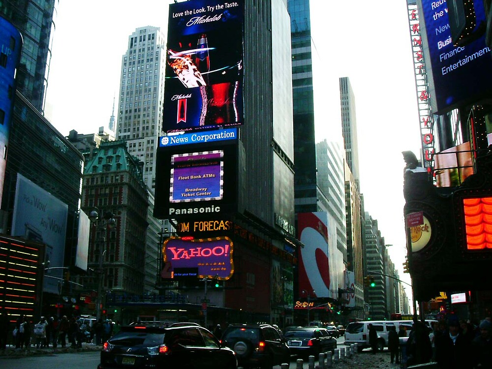 yahoo....its time square by romeogigli
