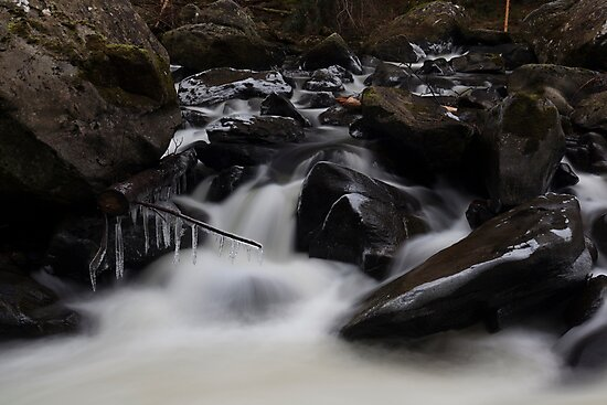icicles, river braan by codaimages