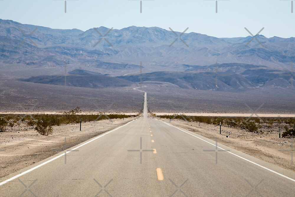 Death Valley Road by lizziemaher