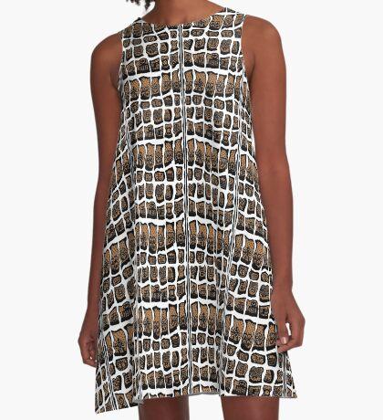 Blanc et noire A-Line Dress