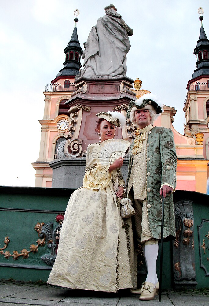 Lord & Lady by fountain by VeniceCarnival