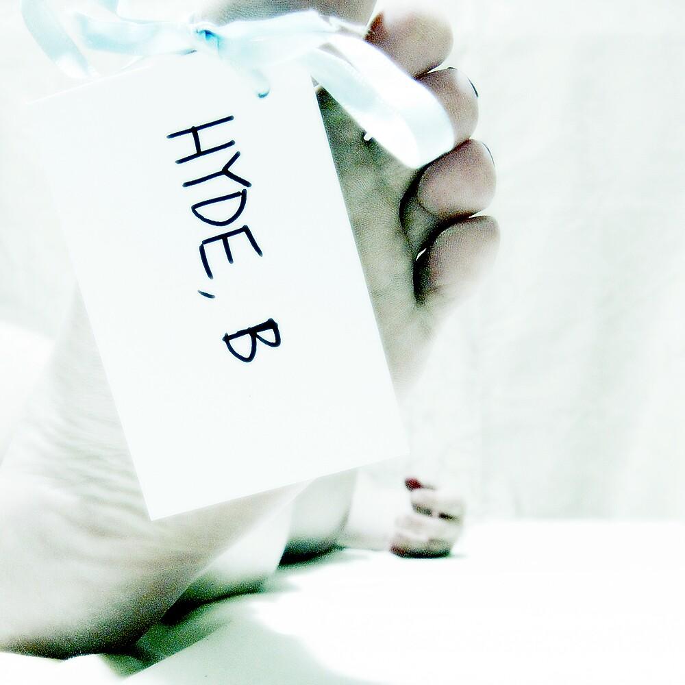 i make people dead by Bronwen Hyde