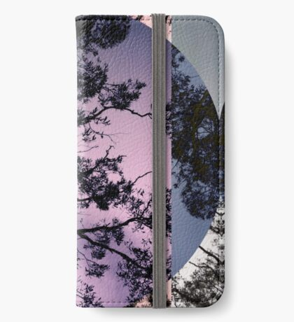Moonlighting iPhone Wallet