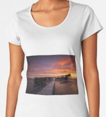 Cold, Early and Colourful morning Women's Premium T-Shirt
