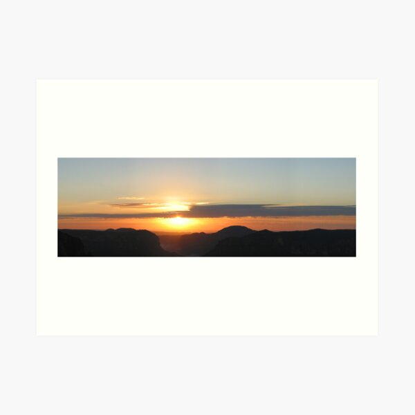 Sunrise at Govett's Leap Art Print