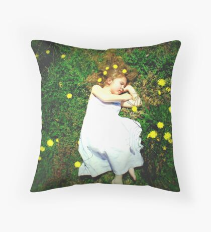 Fairy dreams.... Throw Pillow