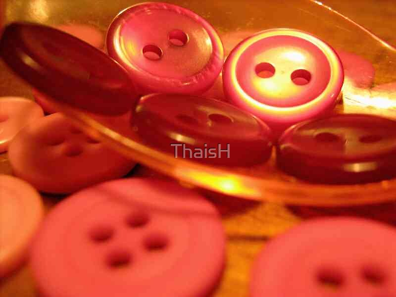Buttons by ThaisH