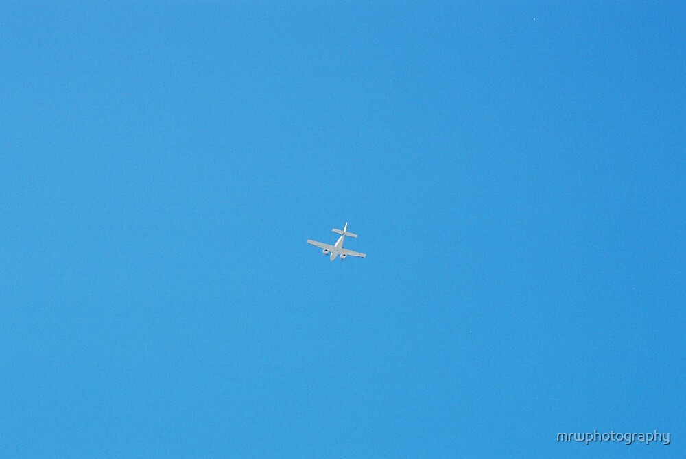 Plane by mrwphotography