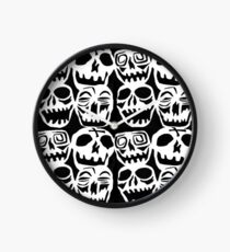 Reloj Buscando cráneos desesperadamente