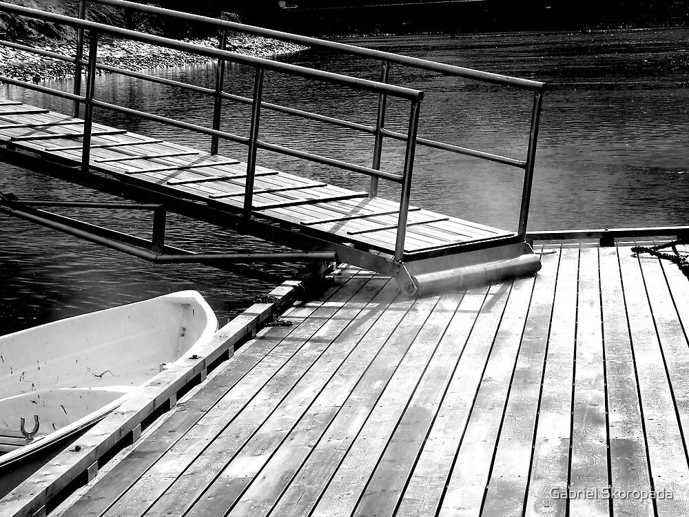 Boat & Ramp in the morning by Gabriel Skoropada