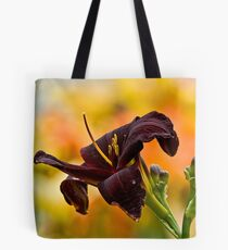 """""""Root Beer"""" Daylily Tote Bag"""