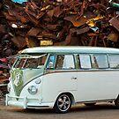 VW Bus Deluxe 1966 by Paul Peeters