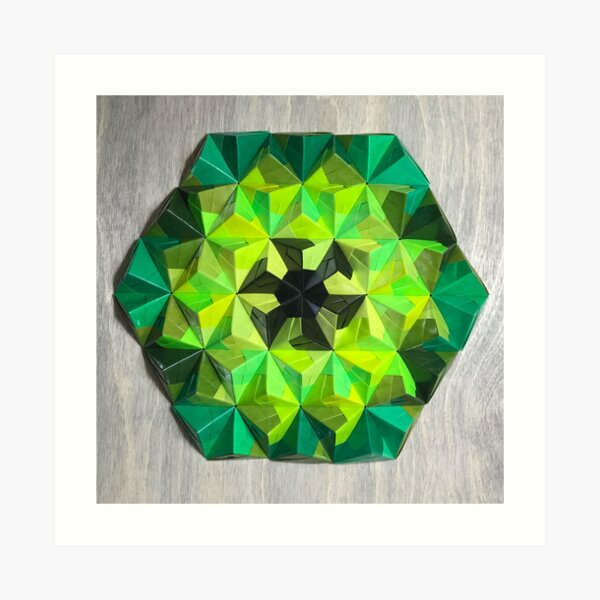 Origami Oh-Seven-Two Green Art Print