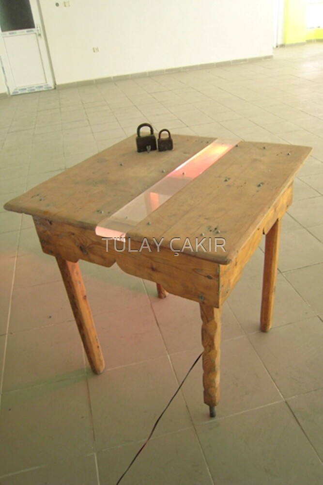 peace table by tulay cakir