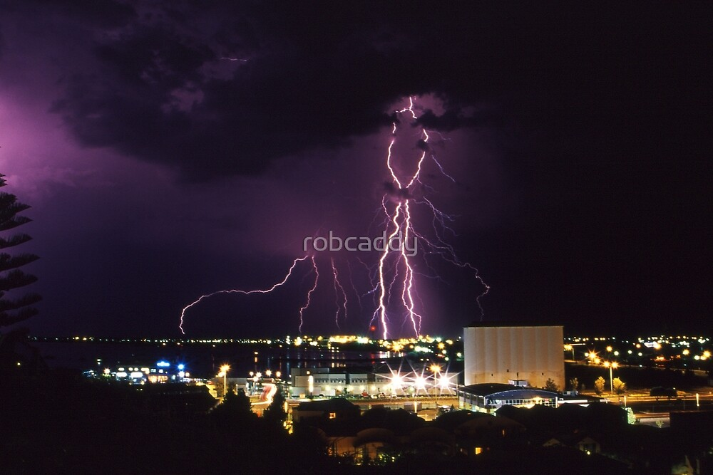 Lightning Storm by robcaddy