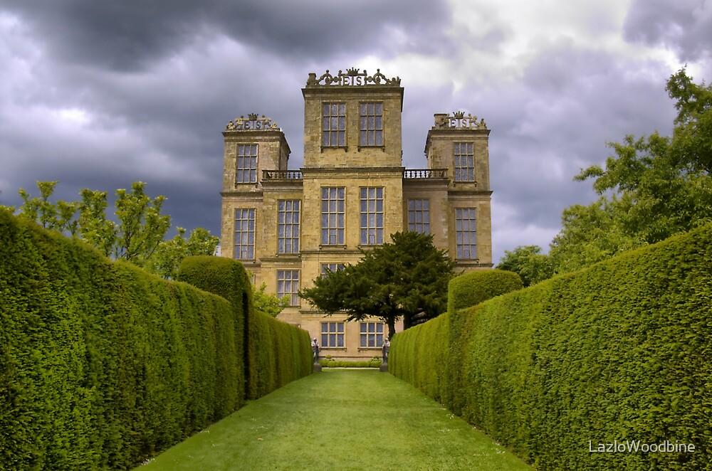 Hardwick Hall by LazloWoodbine
