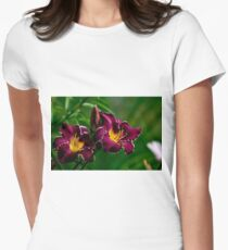 """Thundering Ovation"" Daylily Women's Fitted T-Shirt"