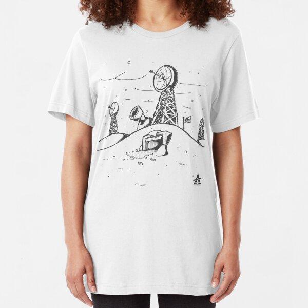 Arctic Base Line Art Slim Fit T-Shirt