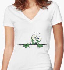 Ripper! Women's Fitted V-Neck T-Shirt