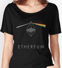 ethereum ETH prisma lichtbrechung floyd regenbogen licht nerd bitcoin blockchain cryptochain währung internet kursgewinn dezentral Women's Relaxed Fit T-Shirt