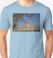 USA. California. San Francisco. City Hall. T-Shirt