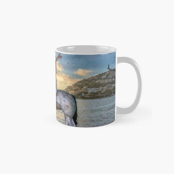 The triumphant return of Lady Art Classic Mug
