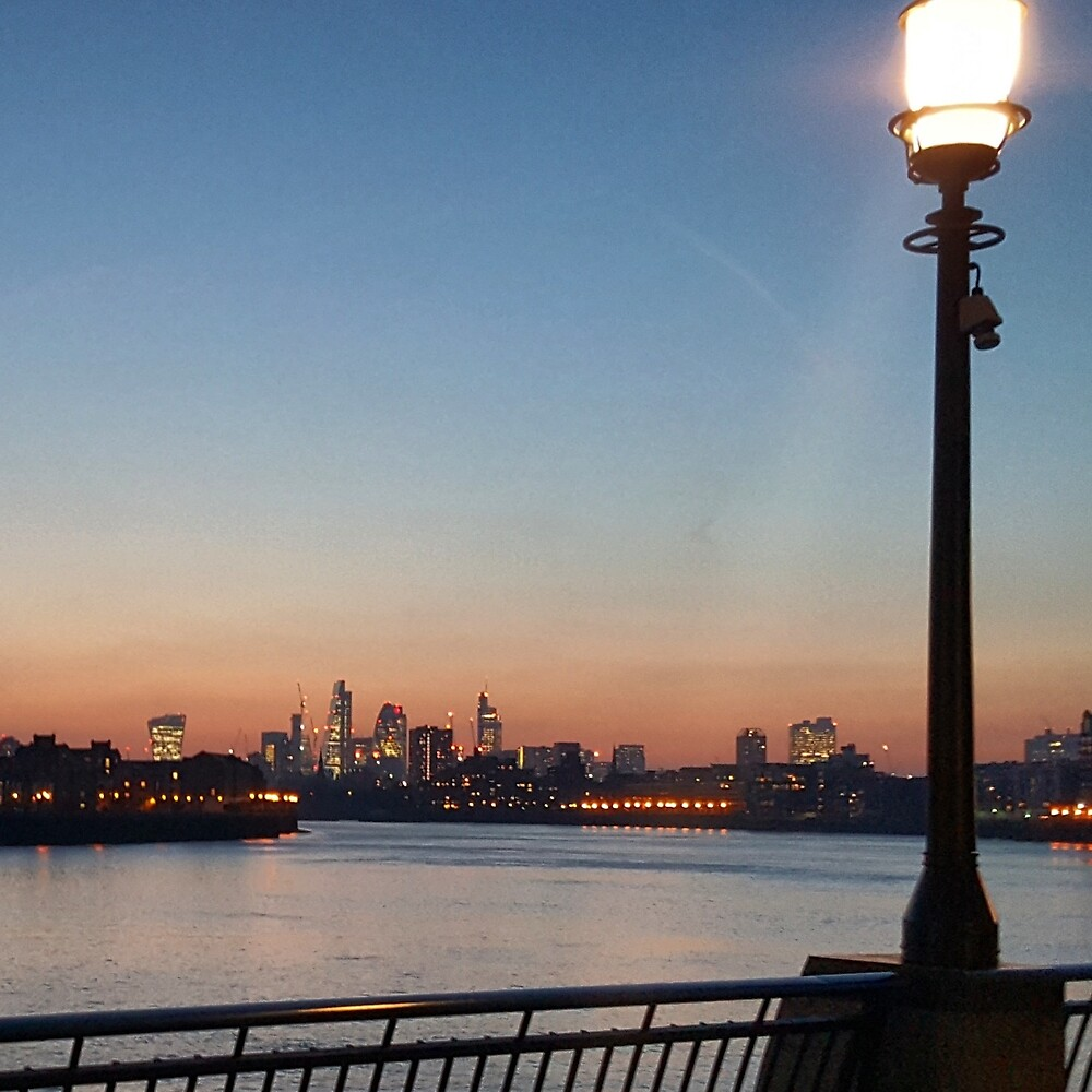 London from Canary Wharf - Dusk by jamies-art