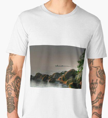Lake Winnipeg Men's Premium T-Shirt