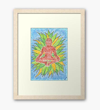 2412 - Meditating Ape in Crown of Leaves Gerahmtes Wandbild