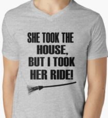 Divorce designs She took the house but I took her ride Men's V-Neck T-Shirt