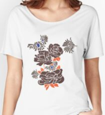 dark roses Women's Relaxed Fit T-Shirt