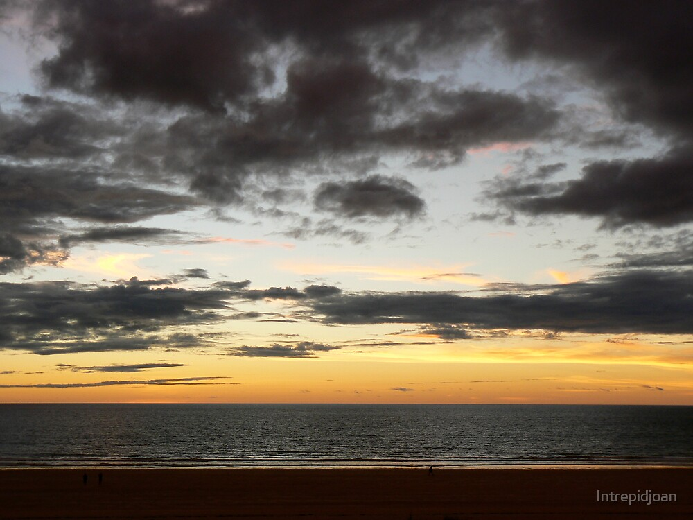 Cable beach sunset by Intrepidjoan